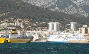 La grève de la SNCM et de la CNM semble profiter à la Corsica Ferries.
