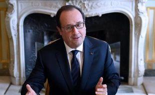 François Hollande lors d'une réunion à l'Elysée à Paris, le 27 avril 2016