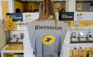 Lancement de La Poste Mobile en mai 2011.