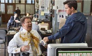 Will Ferrell et Mark Wahlberg, deux flics totalement ratés en quête de rires.