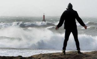 La mer est agitée sur les côtes bretonnes.