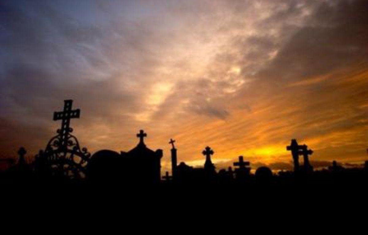La Toussaint n'est plus aujourd'hui une simple fête religieuse. La crémation progresse et le deuil ne s'affiche plus ouvertement, et de plus en plus de Français anticipent l'organisation de leurs obsèques. – Jeff Pachoud AFP/Archives
