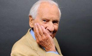 VIDEO. Mort de Jean d Ormesson  «Nous l avons tant aimé», témoignent ... 00dc3c3bcfa1