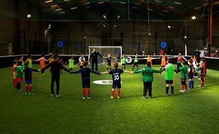 Soccer Park a créé une académie de football privée destinée aux 6-14 ans.