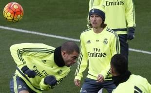 Pepe et Luka Modric à l'entraînement du Real Madrid en janvier 2016.
