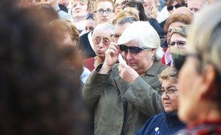 Une Lunelloise fond en larmes, pendant la Marseillaise.