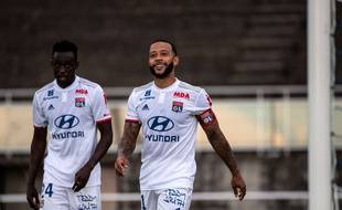 Ici aux côtés de Tino Kadewere, Memphis Depay s'est régalé, le 1er juillet à Evian-les-Bains, avec un quadruplé à l'occasion de son match de reprise contre une D6 suisse.