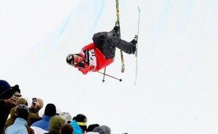 La Canadienne Sarah Burke, une des meilleures spécialistes mondiales de ski half-pipe, discipline du ski freestyle qui sera au programme olympique lors des JO-2014, s'est sérieusement blessée à la tête mardi à l'entraînement à Park City (Etats-Unis, Utah).
