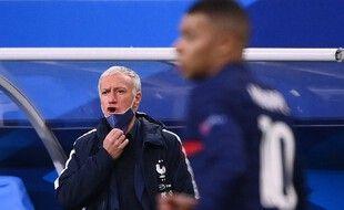 Didier Deschamps réfute l'idée d'une équipe de France trop défensive.