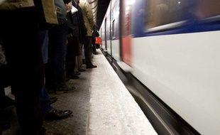 Illustration d'un quai du RER A, géré par la RATP et la SNCF.