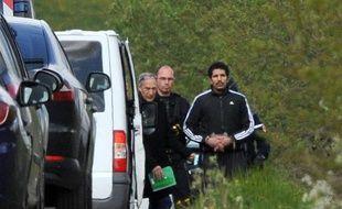 Berkane Makhlouf, 33 ans, sur les lieux présumés de la disparition de sa belle-fille Fiona, le 13 mai 2014