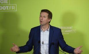Yannick Jadot, le 9 février 2017 à Montreuil lors d'une conférence de presse.