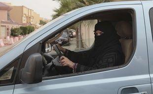 En 2014, cette femme avait bravé l'interdiction faite aux femmes de conduire en Arabie saoudite, une interdiction que vient de lever le roi Salmane.