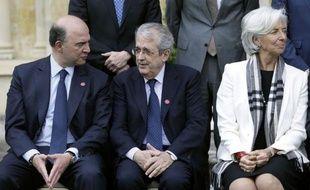 """La communauté internationale est en train de faire des """"pas de géant"""" dans la lutte contre l'évasion fiscale, a affirmé samedi le ministre français des Finances Pierre Moscovici, à l'issue d'une réunion du G7 en Grande-Bretagne."""