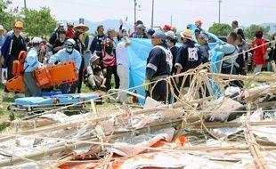 Les restes du cerf-volant géant de 700 kilos qui s'est écrasé sur la foule pendant festival annuel des