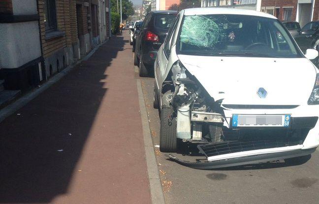 La Clio dont le conducteur a pris la futie après avoir mortellement renversé un lycéen à vélo à Tourcoing le 3 avril 2017