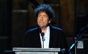 Le chanteur américain Bob Dylan aux MusiCares Person of the Year award, à Los Angeles, le 7 octobre 2015.