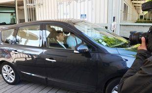 Robert Ménard, à la sortie de l'hôtel de police de Montpellier, ce mercredi matin.