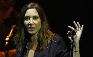 Zazie en concert aux Folies Bergères, à Paris, le 24 mars 2016.