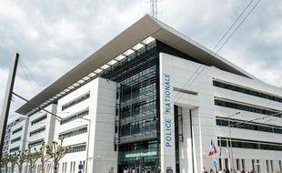 Le commissariat de police de Bordeaux