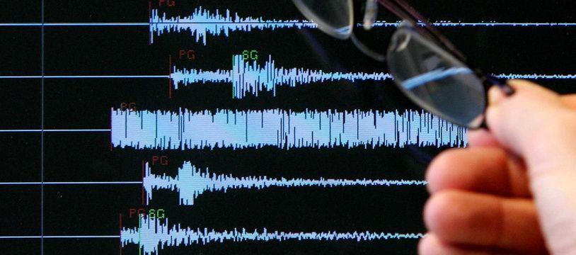 Un graphique des secousses enregistrées lors d'un séisme. (Illustration)