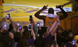 Kobe Bryant va faire ses adieux au basket le mercredi 13 avril 2016.