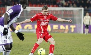 Le joueur valenciennois David Ducourtioux en février 2013 contre Toulouse.