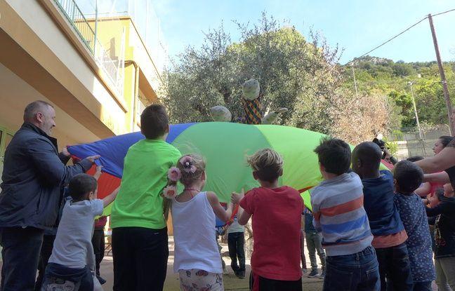 Pour la première fois, le centre aéré de Nice propose des ateliers pour jouer avec les traditions locales.