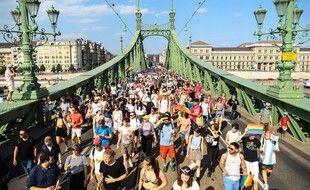 Lors de la marche des fiertés LGBT de Budapest, samedi.