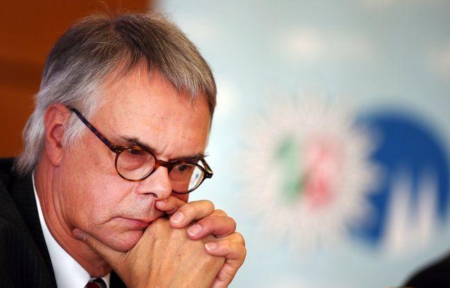 Wolfgang Albers, chef de la police de Cologne en Allemagne a été suspendu.