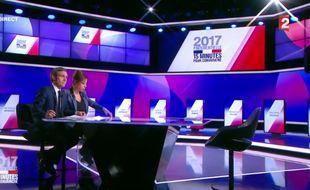 Le plateau de « 15 minutes pour convaincre », le dernier grand rendez-vous des onze candidats avant l'élection, le 20 avril 2017.