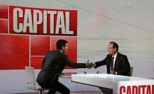 """François Hollande a confirmé dimanche que le gouvernement augmenterait la durée de cotisation pour obtenir ses droits à la retraite, afin de """"suivre"""" l'évolution de l'espérance de vie."""