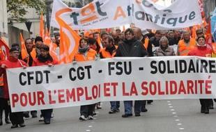 Les syndicats ne font pas que manifester, ils participent aussi au dialogue social.