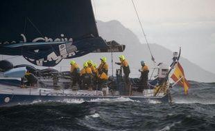 """Les six équipages de la Volvo Ocean Race quittent dimanche un """"port refuge"""" de l'océan Indien pour une régate de 3.000 milles (5.500 km) en direction de Sanya (Chine), terme de la deuxième partie de la 3e étape de cette course autour du monde avec escales."""