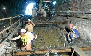 RFF a mené un chantier identique sur le tunnel de la Nerthe, à Marseille.