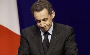 La presse européenne se montrait sceptique sur les chances de Nicolas Sarkozy de conserver le pouvoir en France à l'issue du second tour de l'élection présidentielle le 6 mai face au socialiste François Hollande, tout en soulignant unanimement le score au premier tour de Marine Le Pen et, dans une moindre mesure, celui de Jean-Luc Melanchon.