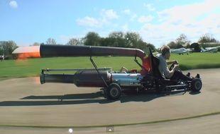 Le «jet-kart» de Colin Furze est capable de filer à 100 km/h