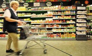 Le moral des consommateurs allemands devrait continuer de grimper au cours des prochains mois, à la faveur d'une conjoncture qui s'améliore, selon l'enquête mensuelle publiée mercredi par l'institut GfK.