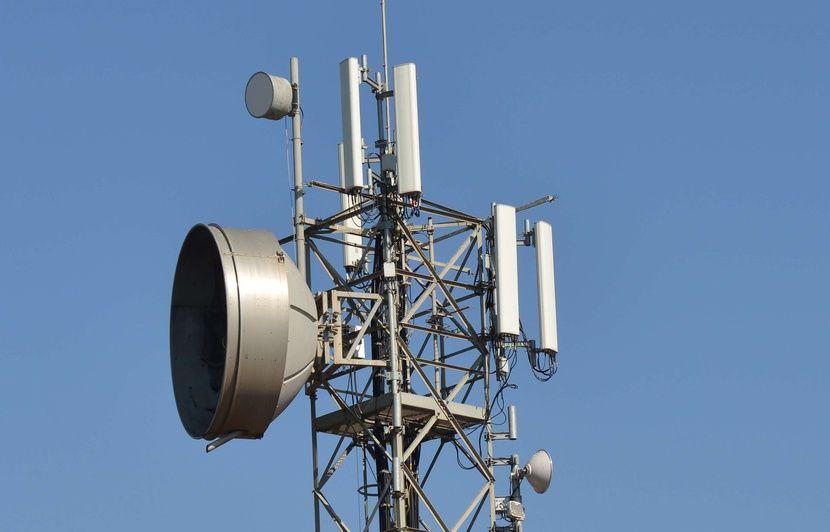 Québec : Des antennes relais sur les clochers, une nouvelle source de revenus pour les paroisses