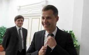 Le nouvel ambassadeur français en Tunisie, Boris Boillon, avant sa rencontre avec le Premier ministre tunisien Mohamed Ghannouchi, le 17 février 2011 à Tunis.