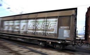 """L'Autorité de la concurrence a condamné la SNCF à payer une amende de 60,9 millions d'euros pour """"diverses pratiques anticoncurrentielles"""" qui ont entravé l'entrée de nouveaux opérateurs sur le marché du fret ferroviaire"""