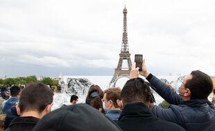 Des touristes à Paris en mai 2021.
