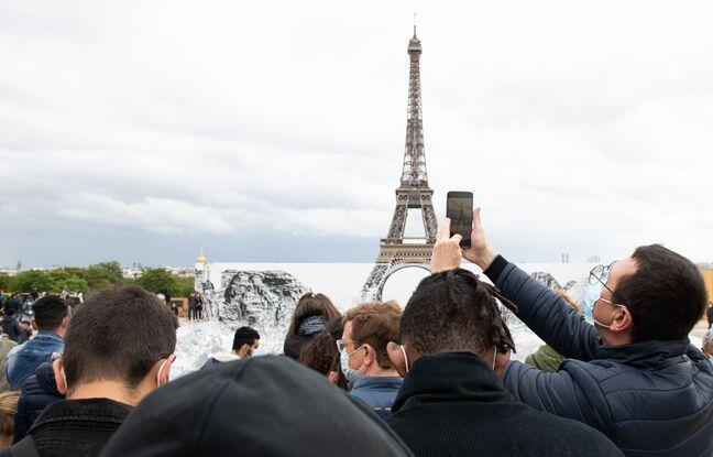 648x415 touristes paris mai 2021