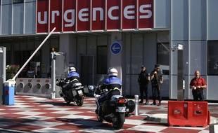 L'entrée des urgences de l'hôpital Pasteur à Nice.
