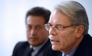 L'ancien maire de Lyon et ex-ministre Michel Noir a apporté jeudi son soutien au député Georges Fenech pour le second tour de l'élection primaire UMP pour les municipales à Lyon, qui se tiendra dimanche.