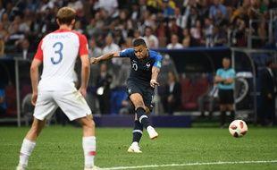 Kyky Mbappé marque le 4e but des Bleus en finale de Coupe du monde