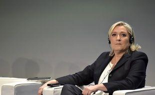 Marine Le Pen, présidente du FN, lors d'une convention européenne du groupe Europe des nations et des libertés, le 28 janvier 2016 à Milan (Italie).