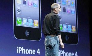 Le 7 juin, Steve Jobs, le boss d'Apple, a présenté l'iPhone 4 à San Francisco.