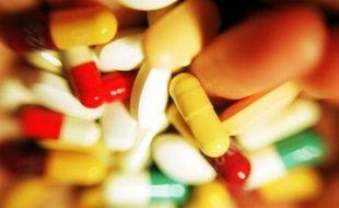 Pilules multicolores.