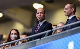 La duchesse de Cambridge, Catherine, son fils le prince George, son époux le prince William et Aleksander Ceferin, le président de l'UEFA